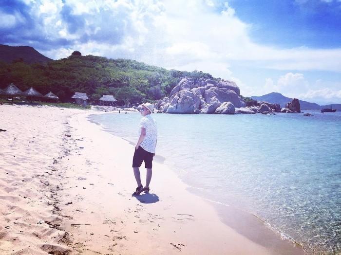 Không quên lang thang trên những bãi biển đẹp như mơ - Ảnh: @huuvinh