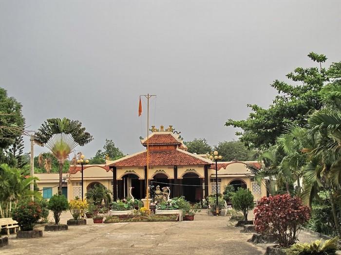 Đền thờ Nguyễn Trung Trực linh thiêng