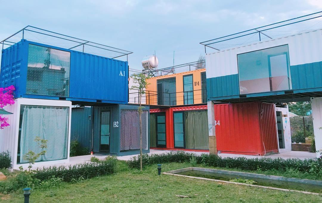 Khu nhà nghỉ này vừa mới đón khách từ tháng 4, tọa lạc ngay gần bãi biển Mỹ Khê, thuộc phường Phước Mỹ, Sơn Trà, Đà Nẵng