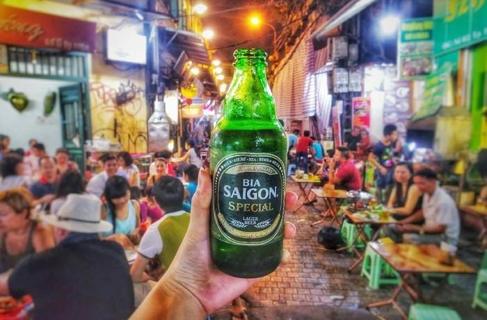 Uống bia Tạ Hiện không say, chỉ ấm lòng