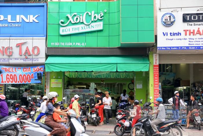Hàng xôi Bùi Thị Xuân giờ đây đã là một cửa tiệm lớn khang trang.