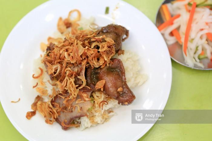 5 hàng xôi nổi tiếng mà nhất định bạn phải ăn thử nếu ở Sài Gòn - Ảnh 4.