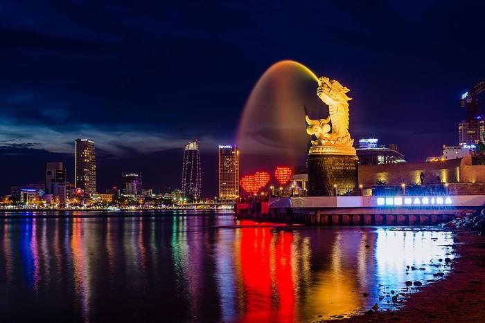 Bờ Đông – Tây sông Hàn – khu vực du khách có thể sử dụng wifi tốc độ cao tại Đà Nẵng