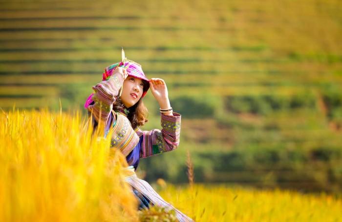 Có cô sơn nữ lấp ló - Ảnh: Lê Việt Khánh (AKA và Sói sầu)