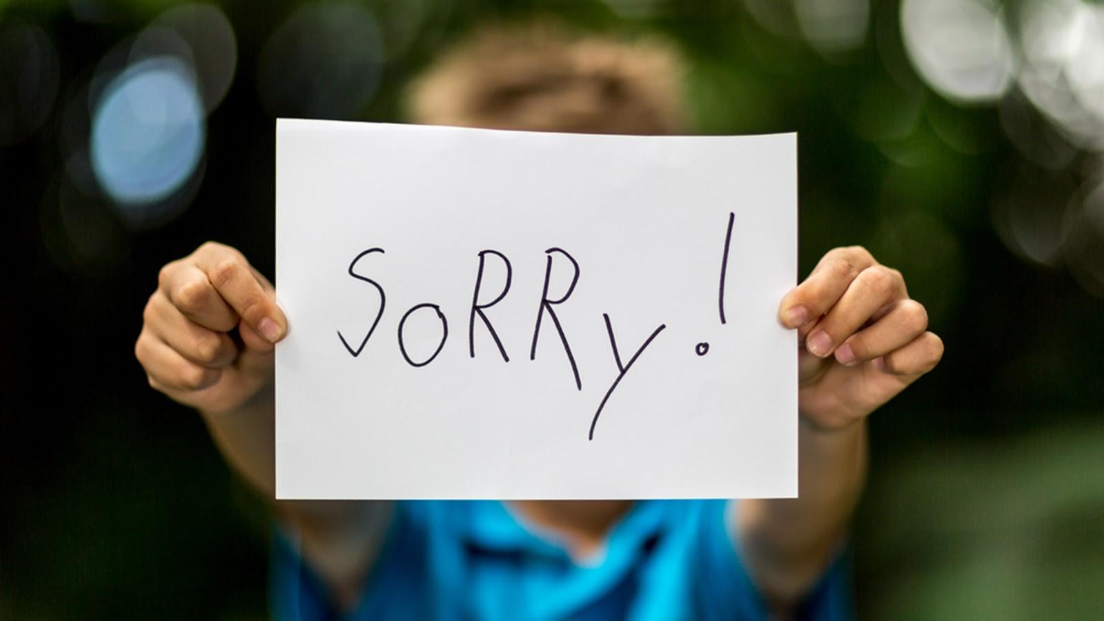 Thể hiện rõ nhất qua tiếng cảm ơn và xin lỗi