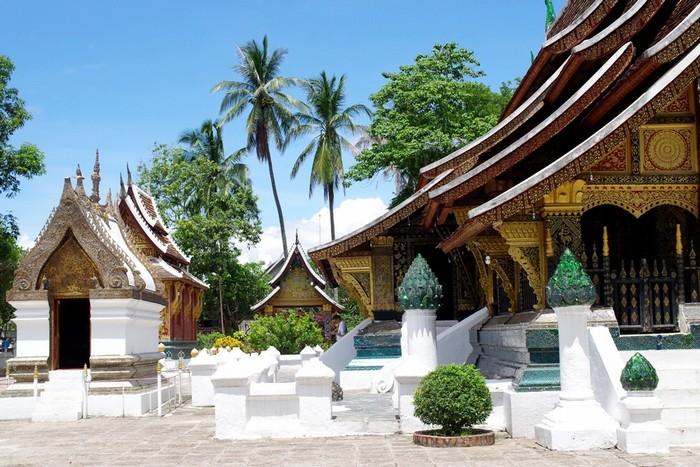 Tham quan chùa Xieng Thong