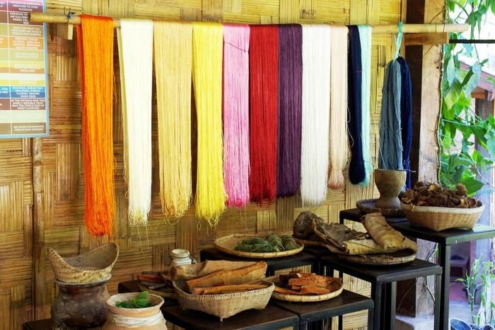 Tìm hiểu nghề dệt lụa truyền thống