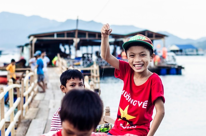 Trẻ em trên đảo