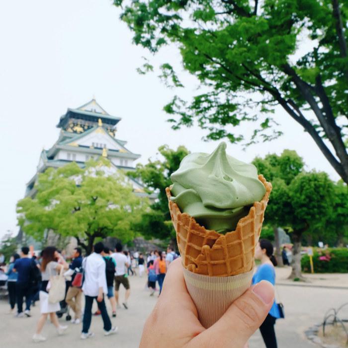 Thưởng thức kem trà xanh siêu ngon trong thành Osaka