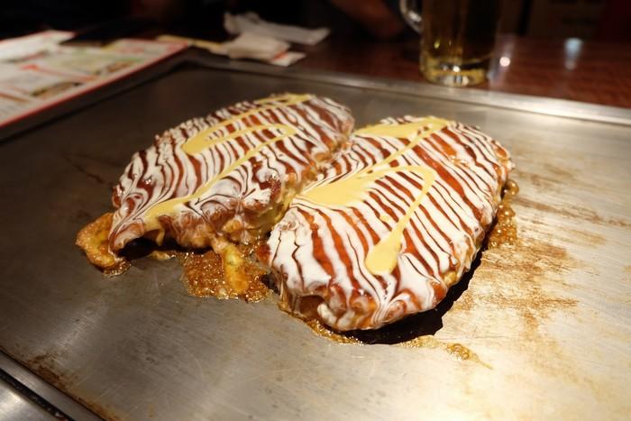 Bánh xèo Osaka nổi tiếng với hương vị đặc trưng