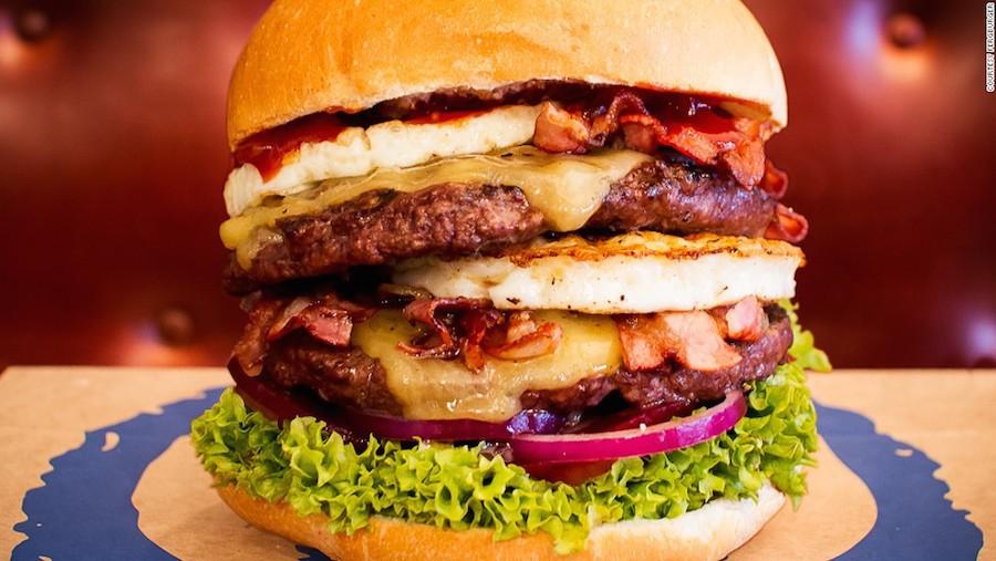 Ferbuger gần như là điểm dừng chân bắt buộc đối với các du khách quốc tế, đặc biệt là những người yêu thích hamburger.