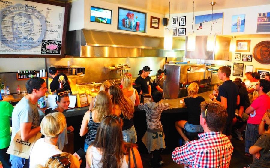 Ferbuger mở cửa lần đầu vào năm 2001 nhưng vì khuất sau bức tường nên rất khó để tìm thấy. Vài năm sau đó, cửa hàng chuyển đến vị trí hiện tại nằm trên đường Shotover, Queenstown. Mặc dù diện tích không lớn nhưng cửa hàng có tới 10 đầu bếp và 50 nhân viên, đủ để đáp ứng lượng khách hàng luôn đông nghịt.