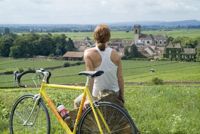 Du lịch bằng xe đạp không còn sợ cái nắng nhờ 7 bí kíp sau