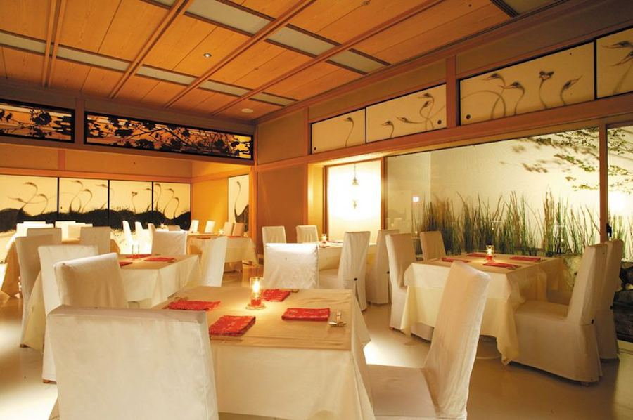 Tuy nhiên, theo thời gian, Kacyo dần mở cửa cho khách hàng đại trà, dung nhập thêm nghệ thuật hiện đại nhưng vẫn giữ lại phong cách quán ăn Nhật truyền thống