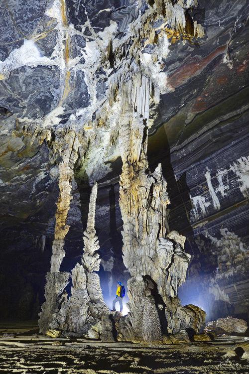 Hang Tiên 1 tạm dừng khai thác một thời gian để thay đổi lịch trình, nay cũng được đưa vào khai thác du lịch trở lại cùng với hang Tiên 2.