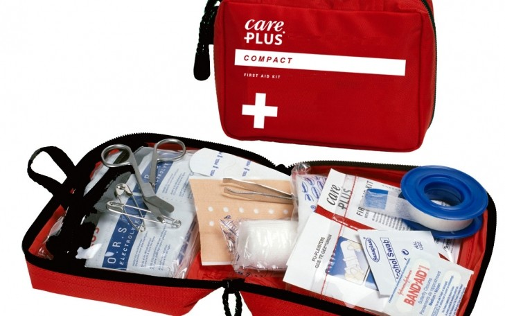 Một số loại thuốc và dụng cụ ý tế cần thiết cũng sẽ cứu nguy bạn trong một số trường hợp gặp sự cố