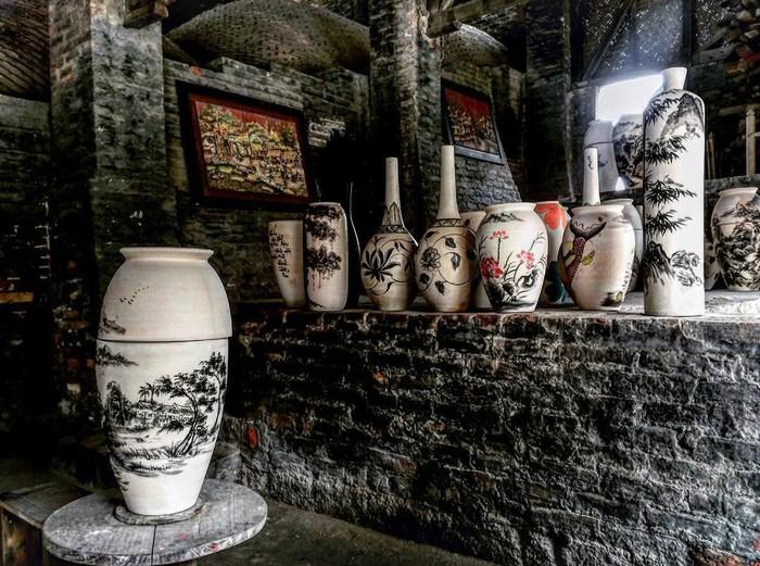 Mỗi khi nhắc về Bát Tràng là người ta không chỉ nhớ tới một thương hiệu gốm sứ mang cái hồn dân tộc