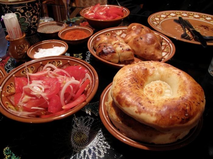 Món bánh mỳ ở Kazakhstan