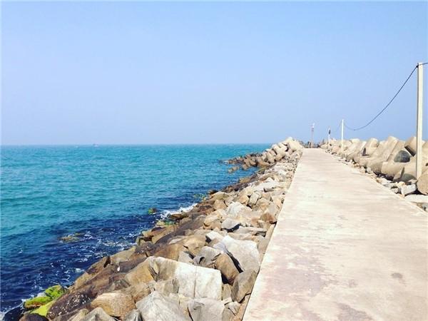 Cầu cảng Tam Quan - điểm chụp hình ảo diệu vô cùng lý tưởng ở Hoài Nhơn