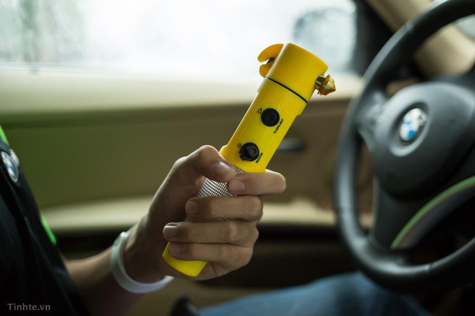 Thậm chí nếu muốn, bạn có thể tự trang bị cho mình một dụng cụ thoát hiểm
