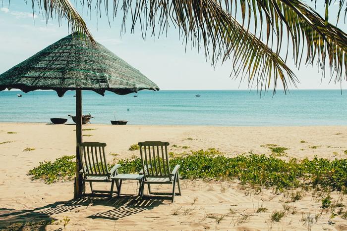Bãi biển Hà My – thanh bình và chưa in nhiều dấu chân du khách. 3