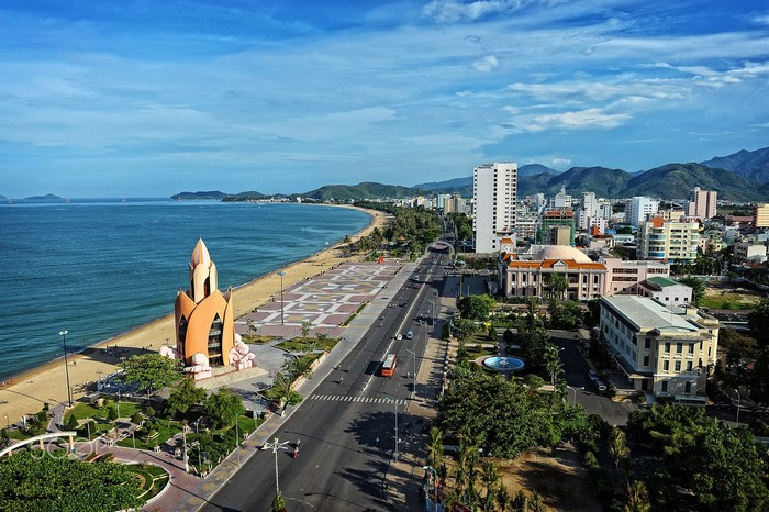 Đường Trần Phú cực đẹp ở Nha Trang