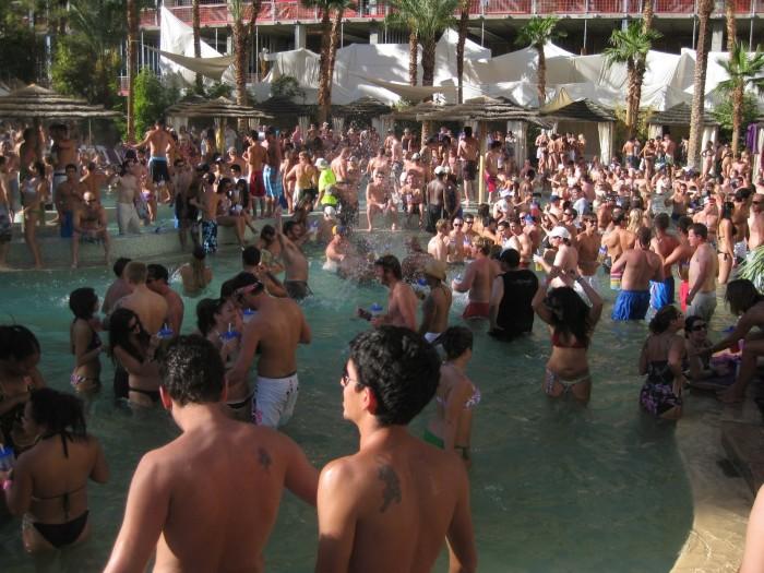 Pool Party ở Las Vegas