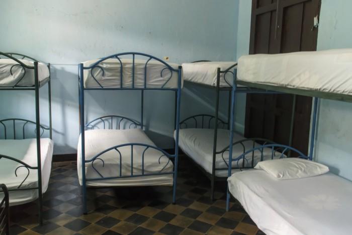 Giường tầng tập thể