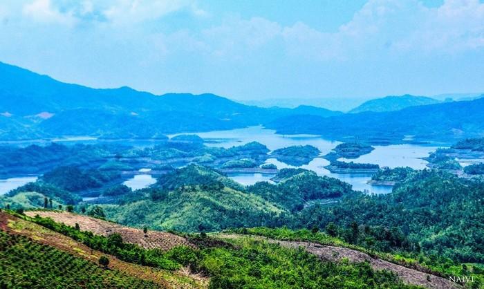 Vẻ đẹp hồ Tà Đùng