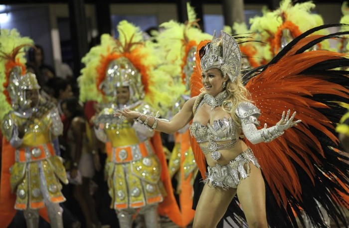 Lễ hội Canival tại Rio de Janeiro