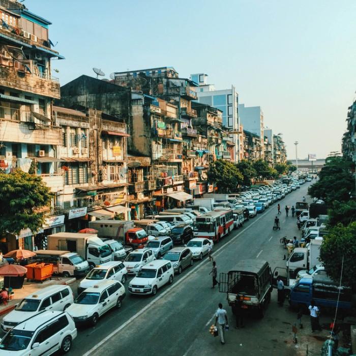 Con phố nhỏ xinh của xứ Miến