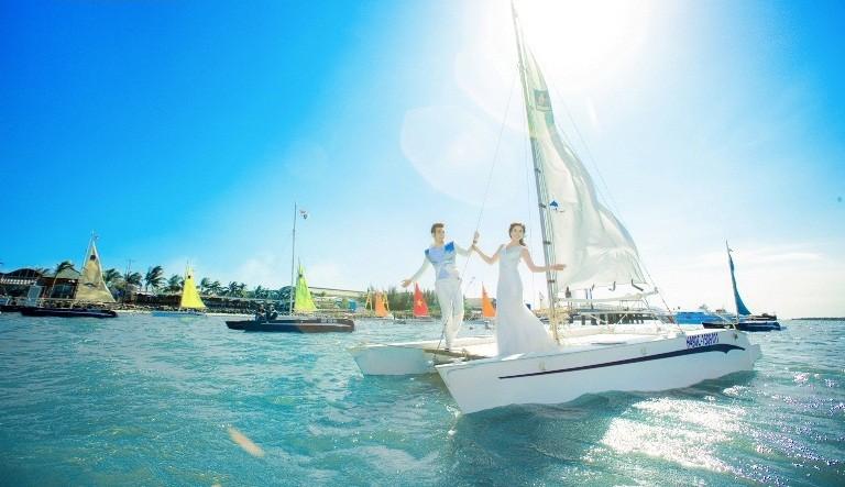 Đến bến du thuyền Marina check-in ngay kẻo lỡ nhé