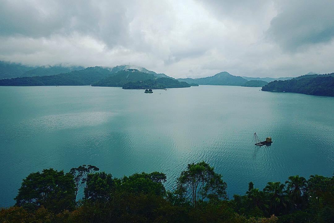 Bao la Hồ Nhật Nguyệt