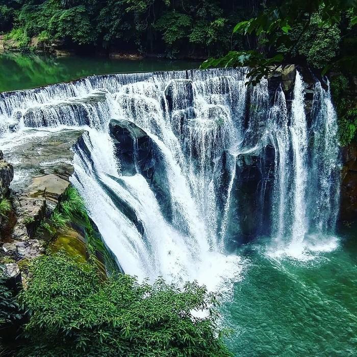 Vẻ đẹp trữ tình của thác Shi Fen