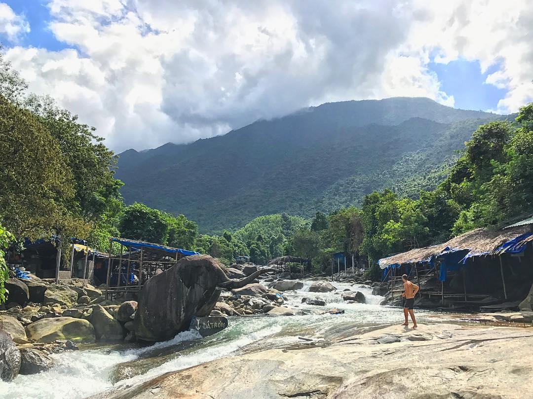 Suối Voi, điểm du lịch khá mới mẻ ở Huế - Ảnh: @jawskilna