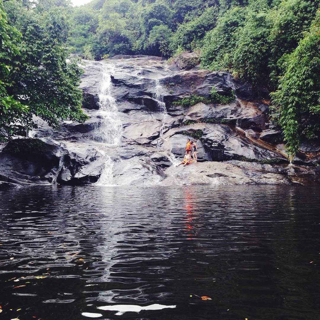 Khoảng lặng bình yên ở thác Nhị Hồ - Ảnh: @nhuchau15