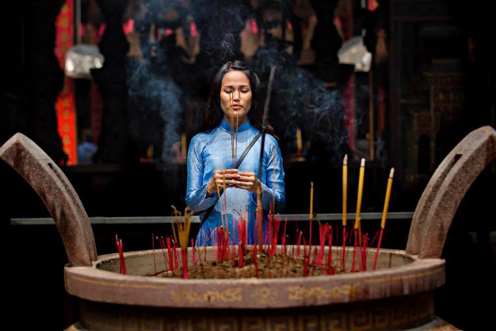 Tôi muốn thông qua bộ sưu tập này làm nổi bật vẻ đẹp của phụ nữ Việt, bởi nó khiến họ đẹp, quyến rũ và thanh thoát hơn