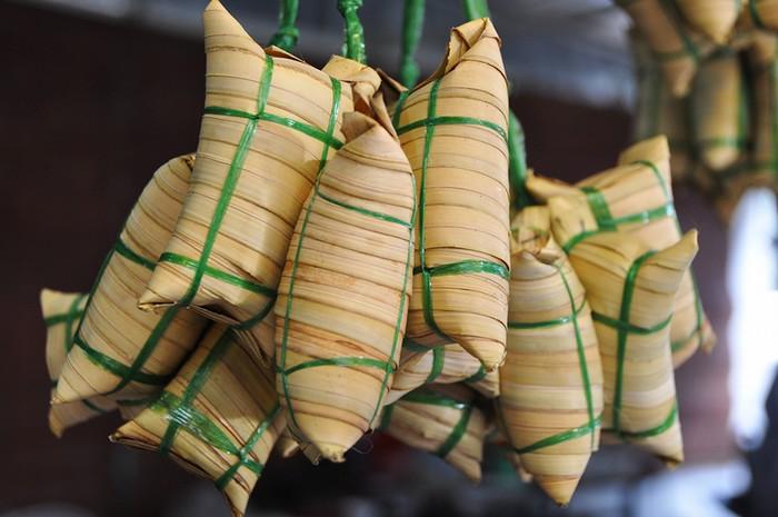 Bánh tét lá dừa nhân chuối đến từ Bến Tre