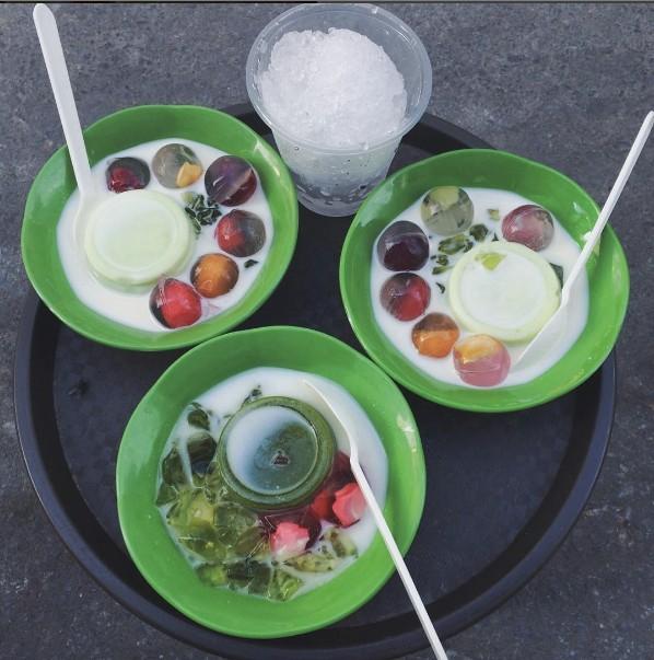 Nắng muốn xỉu thế này, ăn gì ở Hà Nội để bớt nóng đây? - Ảnh 5.