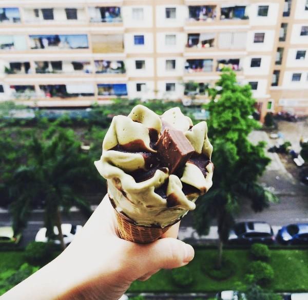 Nắng muốn xỉu thế này, ăn gì ở Hà Nội để bớt nóng đây? - Ảnh 26.