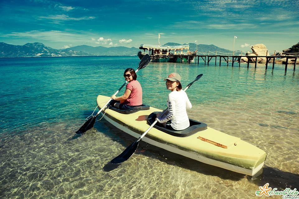 Rồi tham gia chèo thuyền Kayak