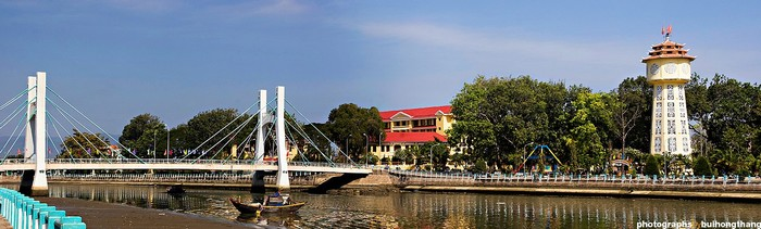 Tháp nước hình ngọn đèn biểu tượng TP Phan Thiết