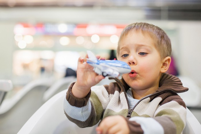Khi du lịch, con của bạn có vẻ đáng yêu hơn nhỉ?