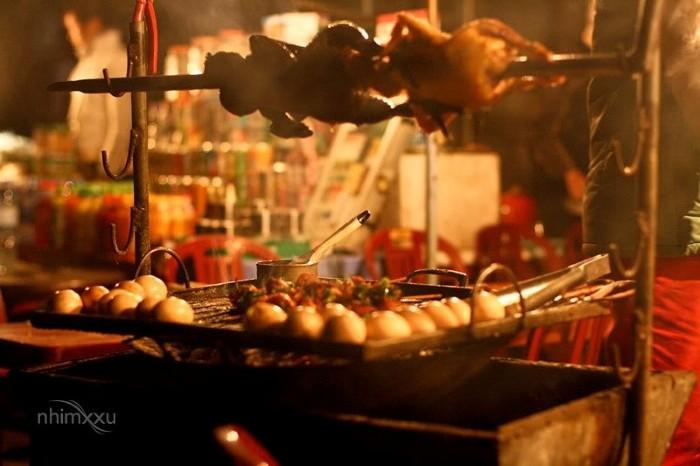 Ghé quán ven đường thử vài món nướng thơm nức mũi