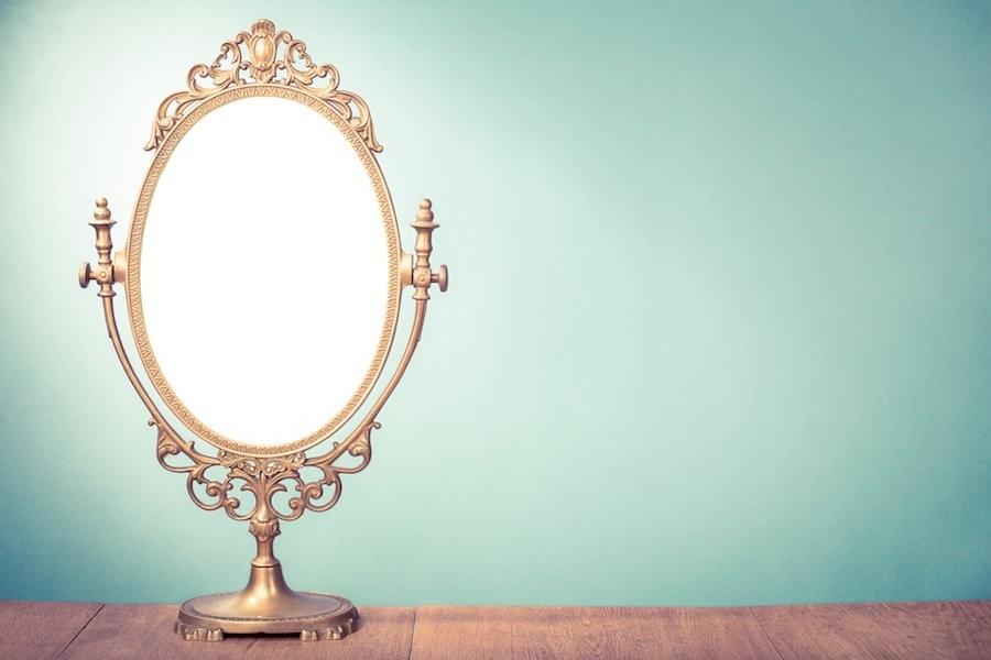 Mua về những chiếc gương thế này hay quá đi chứ