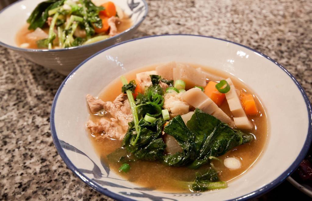 Tonjiru là một món ăn giàu dinh dưỡng của ẩm thực Nhật Bản