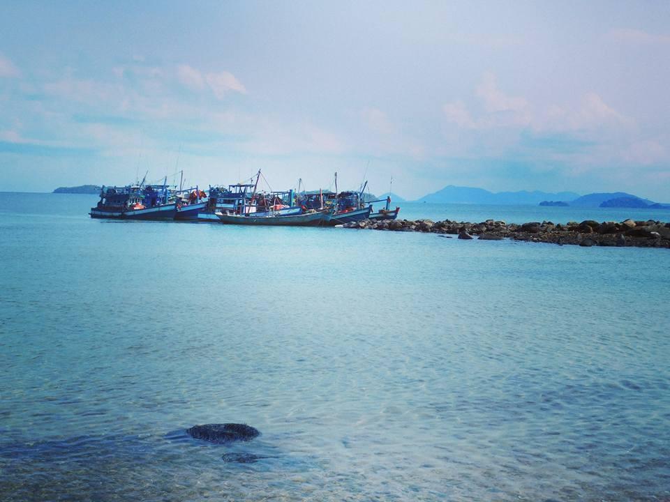 Hải Tặc xanh biếc giữa đại dương mênh mông