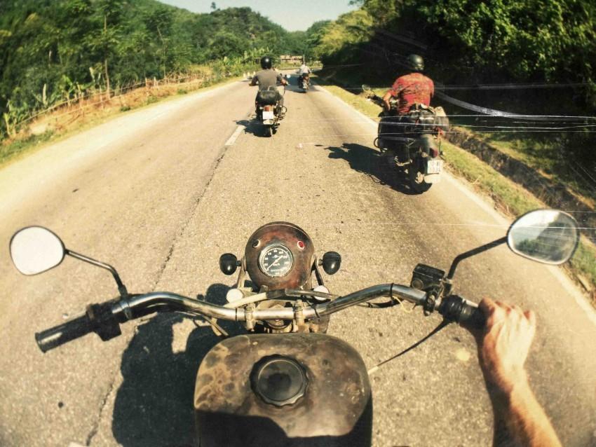 Việt Nam và những đoạn đường không thể quên.