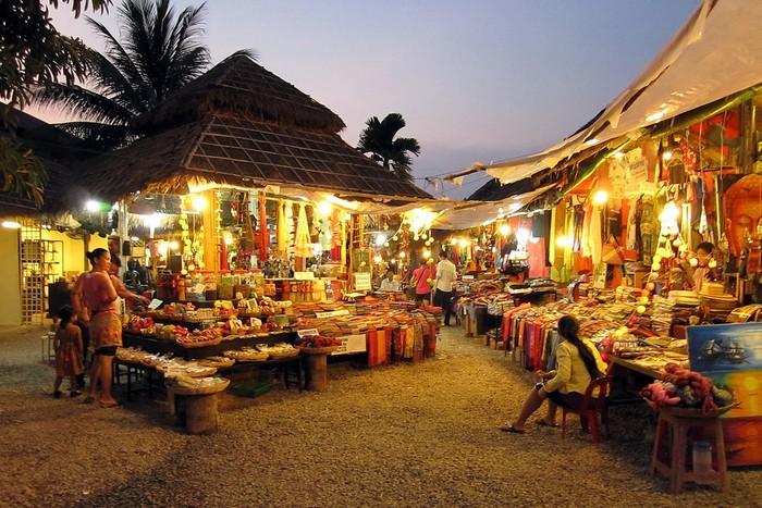 Rực rỡ chợ đêm