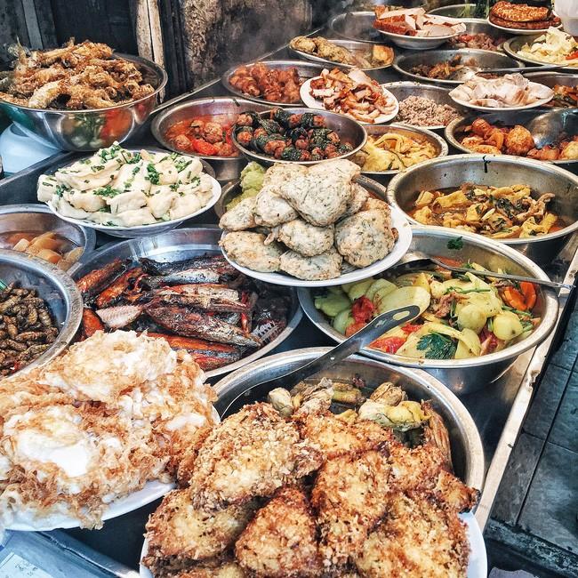 Cơm trưa bình dân - Cơm Mai Anh - Số 5 Đình Ngang: Giá: 30.000.